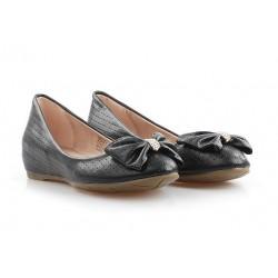 Обувки с кристали